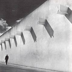 Facade detail, Automex Factory, Toluca, State of Mexico, 1964 Sustainable Architecture, Architecture Details, Interior Architecture, Luigi Snozzi, Brutalist Buildings, Place Of Worship, Built Environment, Street Photo, Light And Shadow