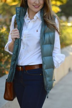 button-up, white, shirt, law school, professional Source by fashion preppy Fall Winter Outfits, Autumn Winter Fashion, Winter Wear, Fashion Fall, Winter Style, Prep Style, My Style, Prep School Style, Law School Fashion