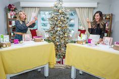 Brandi Milloy helps you find your friends the best #beauty gifts with her favorite Holiday must-haves! Find Your Friends, Nail Polish Sets, Moroccan Oil, Winter Time, Favorite Holiday, Diy Beauty, Gift Guide, Table Decorations, Gifts