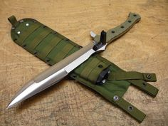 A tactical short sword? I don't know what I'd use it for, but its certainly tacti-cool. Maybe a really cool ZOMBIE killer Swords And Daggers, Knives And Swords, Tactical Knives, Tactical Gear, Tactical Swords, Tactical Survival, Katana, Zombie Gear, Zombie Survival Gear
