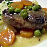 Recept : Dušené hovězí s mrkví a hráškem | ReceptyOnLine.cz - kuchařka, recepty a inspirace Steak, Pork, Food And Drink, Beef, Fit, Recipes, Smoothie, Kale Stir Fry, Meat