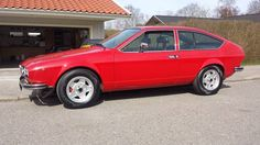 Don't have the same following as others but this Alfetta is in fine fettle, see  #alfaromeo