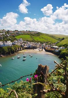 Oh lovely Port Isaac, Cornwall, England Places Around The World, Oh The Places You'll Go, Places To Visit, Around The Worlds, Port Isaac, Into The West, Devon And Cornwall, England And Scotland, English Countryside