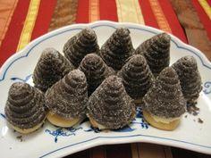 "Czech treats "" bee hives"" Bee Hives, Sweet Tooth, Xmas, Treats, Cookies, Cake, Desserts, Food, Sweet Like Candy"