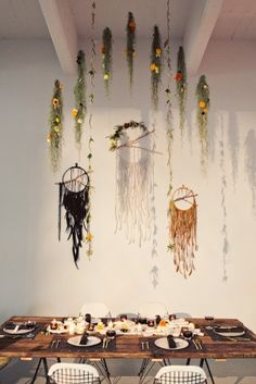 how incredible is this dreamcatcher backdrop from Firefly Events