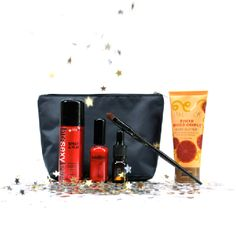 Got my ipsy glam bag yesterday!! >>>This is one happy girl.<<< ;) It's such a tease waiting for it to come every month- but it feels like my birthday when it finally gets here! Official Glam Bag: January 2013 (Beauty Look)