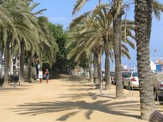 Calella Costa, Barcelona, Places Ive Been, Street View, Europe, Beach, Pictures, Travel, Holidays