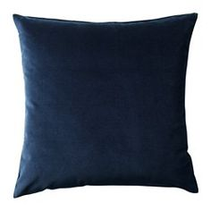 Cotton velvet gives depth to the color and is soft to the touch. The zipper makes the cover easy to remove.