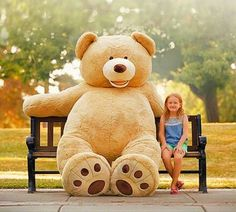 What did you get for Christmas ? Not this 8 feet sized teddy bear. Tag a mate who needs a new friends  @icantbelievetheymakethat for more fun things