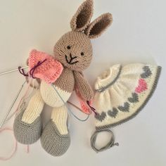 In progress.may need to redo the color work hearts on the dress 💗. Knitted Bunnies, Knitted Animals, Knitted Dolls, Crochet Dolls, Knit Crochet, Knitting For Kids, Knitting Projects, Baby Knitting, Knitting Patterns