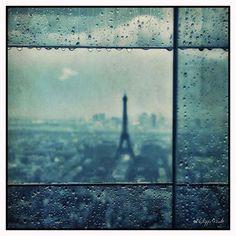 Rainy window © Philippe Giralt
