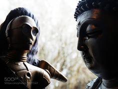 Buddha teaching C3PO how to Meditate by debugbytes