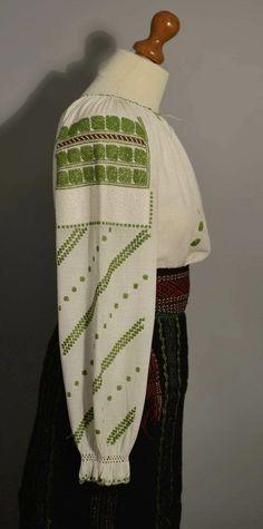 Kimono Top, Popular, Costumes, Tops, Women, Fashion, Moda, Dress Up Clothes, Women's
