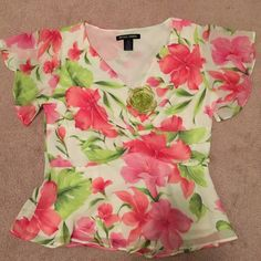 """2 piece dress Spring-Flowers Easter dress, beautiful flower print dress two pieces, V neck, cut under bust area & wrap a little, top measures 18"""" wide, 24"""" long, skirt 15"""" waist, 27"""" long, zipper on side, elastic waist back stretch like an extra inch, comes w green decoration flower, 100% polyester lining beige color 100% polyester Nicole Studio Dresses Asymmetrical"""