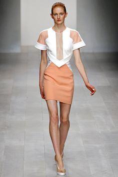 David Koma Spring 2013 Ready-to-Wear Fashion Show