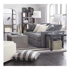 Living arioso e luminoso. I grandi spazi si vestono sulle sfumature di grigio. #Dalani #Grey #Nuance