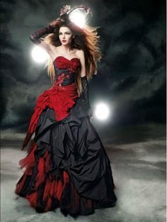 vestidos de novia góticos                                                                                                                                                                                 Más