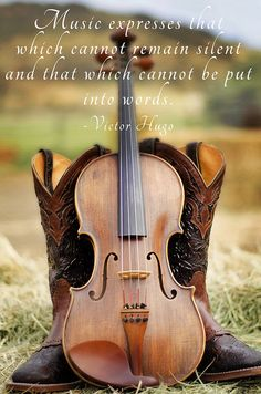 #jennylynphotography #photography #photographer #violin #music #boots www.jennylynphotography.com https://www.facebook.com/JennyLynPhotography