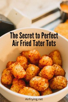 Learn the secret to making perfectly crisp tater tots in your air fryer! Learn the secret to making perfectly crisp tater tots in your air fryer! Air Fryer Recipes Wings, Air Fryer Recipes Appetizers, Air Fryer Recipes Vegetarian, Air Fryer Recipes Vegetables, Air Fryer Recipes Snacks, Air Fryer Recipes Low Carb, Air Frier Recipes, Air Fryer Recipes Breakfast, Air Fryer Dinner Recipes