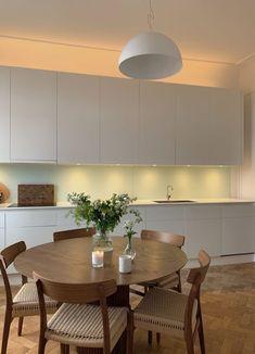 Apartment Interior, Kitchen Interior, Home Interior Design, Interior Architecture, Esstisch Design, Appartement Design, Decoration Design, Cuisines Design, Minimalist Interior