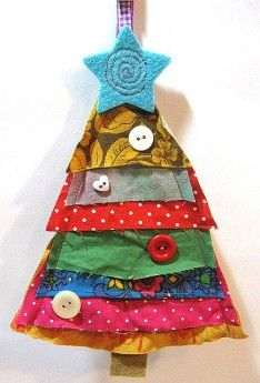 A lovely idea for a handmade Christmas tree, using fabric scraps. Christmas Makes, Noel Christmas, Homemade Christmas, Winter Christmas, Christmas Ornaments, Christmas Projects, Holiday Crafts, Handmade Decorations, Christmas Decorations
