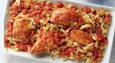 Κόκορας κοκκινιστός με χυλοπίτες Meat Lovers, Greek Recipes, Main Dishes, Pasta, Chicken, Ethnic Recipes, Food, Drink, Main Courses