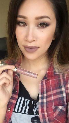 Trap by Colourpop Cosmetics is such a gorgeous, almost grungey liquid lipstick. I'm obsessed.