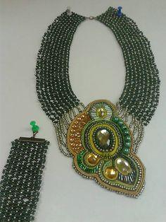 arjadne / zelený prívesok kameň