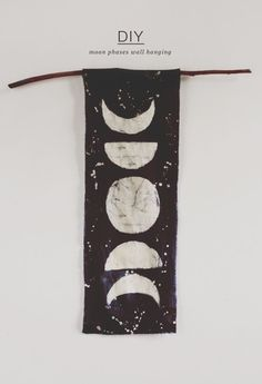 Moon Phases Wall Hanging diy craft crafts diy ideas diy crafts do it yourself diy projects crafty Diy And Crafts, Arts And Crafts, Space Crafts, Fall Crafts, Do It Yourself Inspiration, Fitness Inspiration, Style Inspiration, Modern Retro, Diy Art