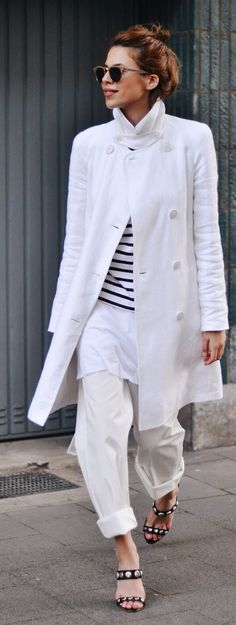White And Stripes Streetstyle by MAJA WYH https://www.facebook.com/SLcomunidad