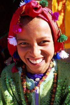 Morocco, Bedouin girl. Can't you just see her adorned in Swati's Turquoise Tassel earrings? Tiny #Devata, inspiration!