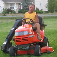 Summer has come and gone, and that means for most of us that mowing season is over. That also means that it is time to lawn mower prep for winter storage. It is important to make sure that your law...