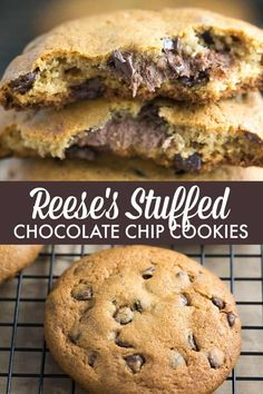 REESE Stuffed Chocolate Chip Cookies - Only TWO ingredients in this easy cookie dough hack! REESE Stuffed Chocolate Chip Cookies - Only TWO ingredients in this easy cookie dough hack! Chocolate Marshmallow Cookies, Chocolate Chip Shortbread Cookies, Chocolate Chip Cookie Dough, Spice Cookies, Yummy Cookies, Yummy Snacks, Delicious Desserts, Cookie Dough Recipes, Sweets Recipes