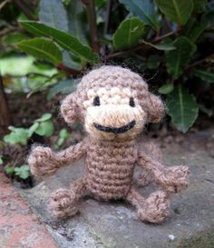 LucyRavenscar - Crochet Creatures: Mini Monkeys - Free Amigurumi Pattern