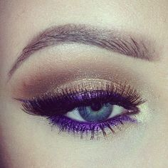 Purple eyeliner and bronze eye make-up. Pretty Makeup, Love Makeup, Beauty Makeup, Makeup Looks, Awesome Makeup, Gorgeous Makeup, Best Eyeliner, Gold Eyeshadow, Makeup Ideas