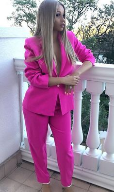 Dress Like Celebrity, Celebrity Style, Cardi B Photos, Dope Hairstyles, Colourful Outfits, Blazers For Women, Girl Fashion, Fashion Ideas, Sexy Women