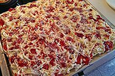 Spaghetti - Blechkuchen (Rezept mit Bild) von Julimond1920 | Chefkoch.de