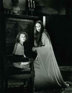 Carroll Borland and the Dracula roadshow - Page 12 - Classic Horror Film Board Gothic Horror, Arte Horror, Horror Art, Classic Horror Movies, Horror Films, Sci Fi Movies, Old Movies, Dracula, Dramas