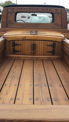 Vintage Wooden Truck Bed and Tool Box - How to Build a Wooden Tool Box For a Truck - WoodWorking Projects & Plans