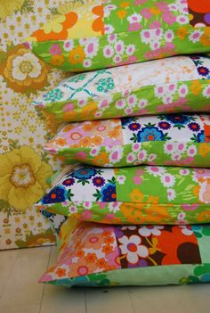 Sewing Cushion bright patchwork cushions by studiosoil made in fabby fabrics - Retro Fabric, Vintage Fabrics, Vintage Sewing, Quilting Projects, Sewing Projects, Patchwork Cushion, Patchwork Fabric, Sewing Pillows, Linen Pillows