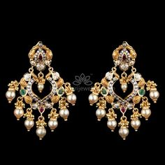 Mesmerizing collection of gold earrings from Kameswari Jewellers. Shop for designer gold earrings, traditional diamond earrings and bridal earrings collections online. Gold Jhumka Earrings, Gold Bridal Earrings, Buy Earrings, Jewelry Design Earrings, Gold Earrings Designs, Designer Earrings, Pendant Jewelry, Earrings Online, Jewellery Designs