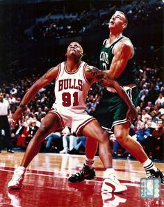 The Worm Dennis #Rodman 8x10 Action Photo (w/celtics Eric Montross) #Chicago Bulls from $5.99
