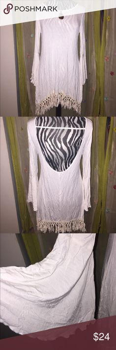 Bell sleeve fringe tunic Never worn- bell sleeve, fringe tunic with scoop back. Great for layering Gypsy Junkies Tops Tunics