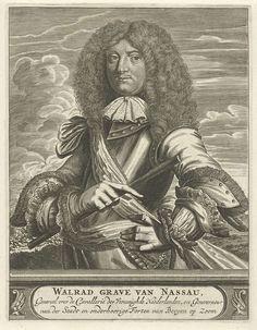 Christiaan Hagen | Portret van Wolrat, graaf van Nassau-Usingen, Christiaan Hagen, c. 1663 - 1695 | Portret ten halven lijve van Wolrat, graaf van Nassau-Usingen, gekleed in een harnas. In zijn rechterhand houdt hij een commandostaf. Op de achtergrond is een veldslag afgebeeld. Onder zijn portret een plint, waarop zijn naam en titel in drie regels in het Nederlands in een cartouche.