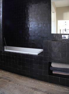 'Blackie' bathroom with zelliges tiles Chic Bathrooms, Bathroom Inspiration, Kitchen And Bath, Vienna House, Contemporary Bathroom, Interior, Black Tile Bathrooms, Bathroom Design, Tile Bathroom