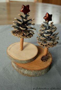 Make Christmas – DIY Craft Ideas – Christmas Table Decoration Pine Cone Christmas Tree, Christmas Wood Crafts, Noel Christmas, Homemade Christmas, Rustic Christmas, Christmas Projects, Winter Christmas, Holiday Crafts, Christmas Ornaments