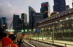 Trackside guide for fans going to the 2014 Singapore Grand Prix at the Marina Bay street circuit #F1 #singaporegp