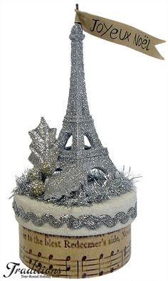 Joyeux Noël: Glitter Eiffel Tower.  #Christmas