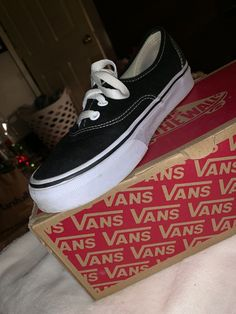 competitive price 7d806 eb136 Extra Off Coupon So Cheap womans vans size 7. Latasha Gonsales · Athletic  Shoes
