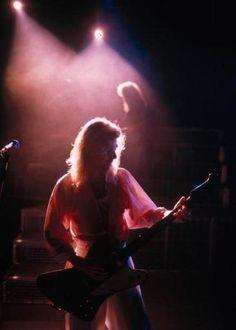 Steve Clark Guitarist   photo-Steve-Clark-guitar-gibson-Def-Leppard
